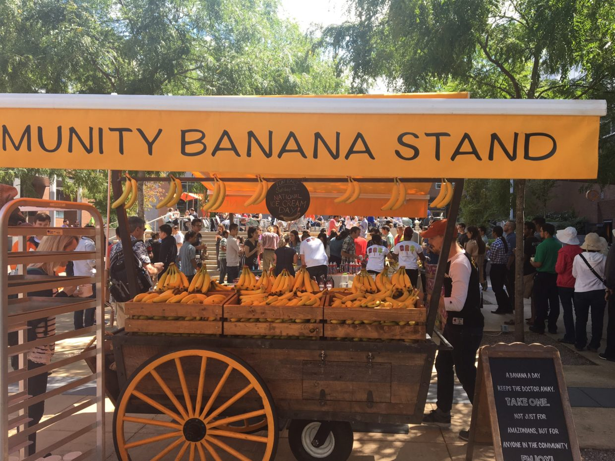 Amazon Banana Stand Is Extra Busy As Thousands Split From