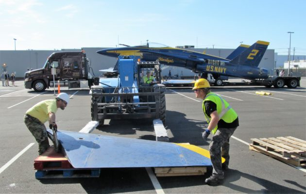 Unloading Blue Angels wing