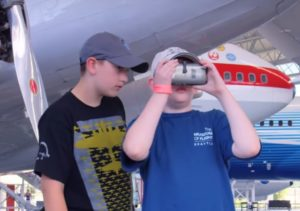 VR tours of airplanes