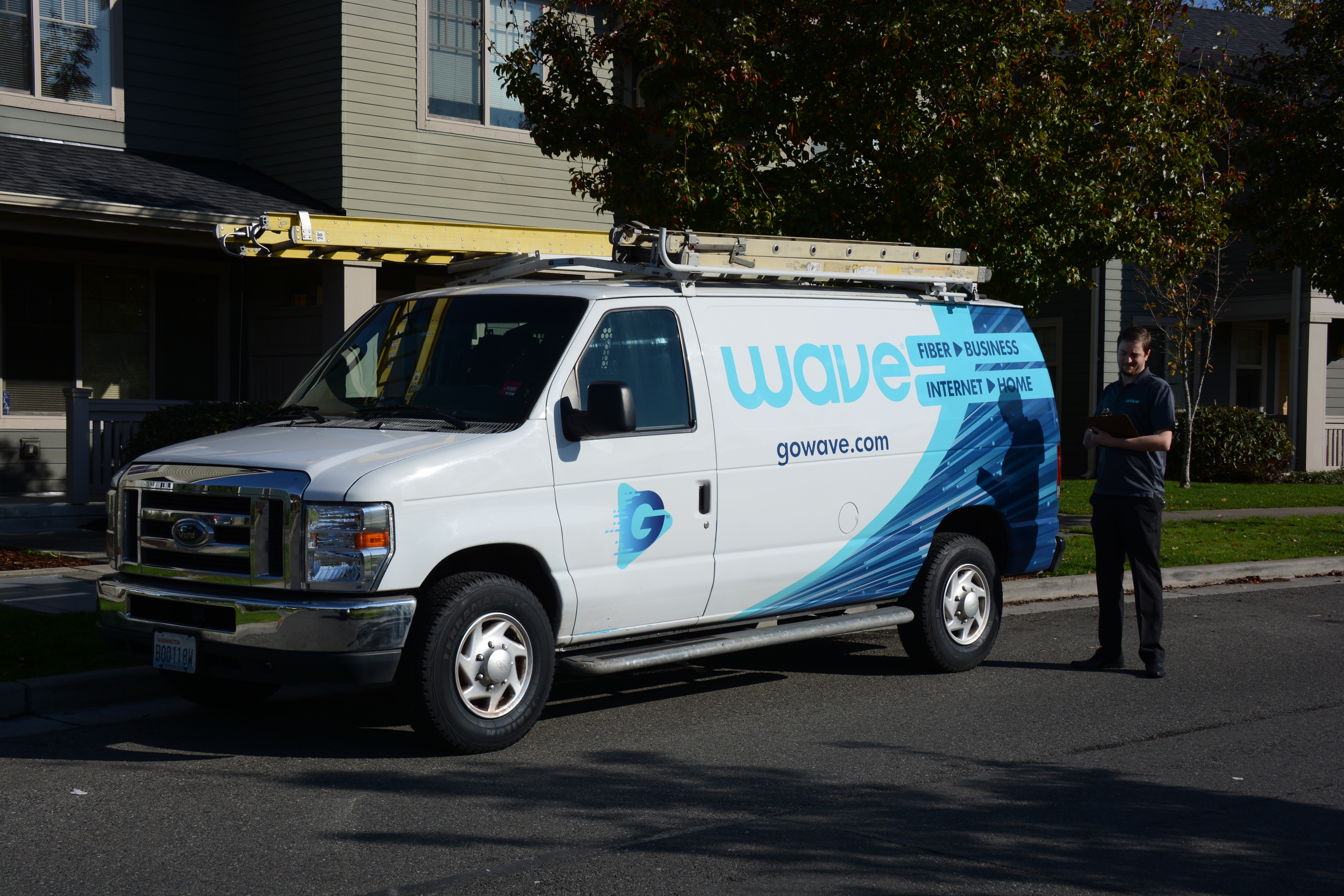 $2 36B acquisition of Wave Broadband closes, forming