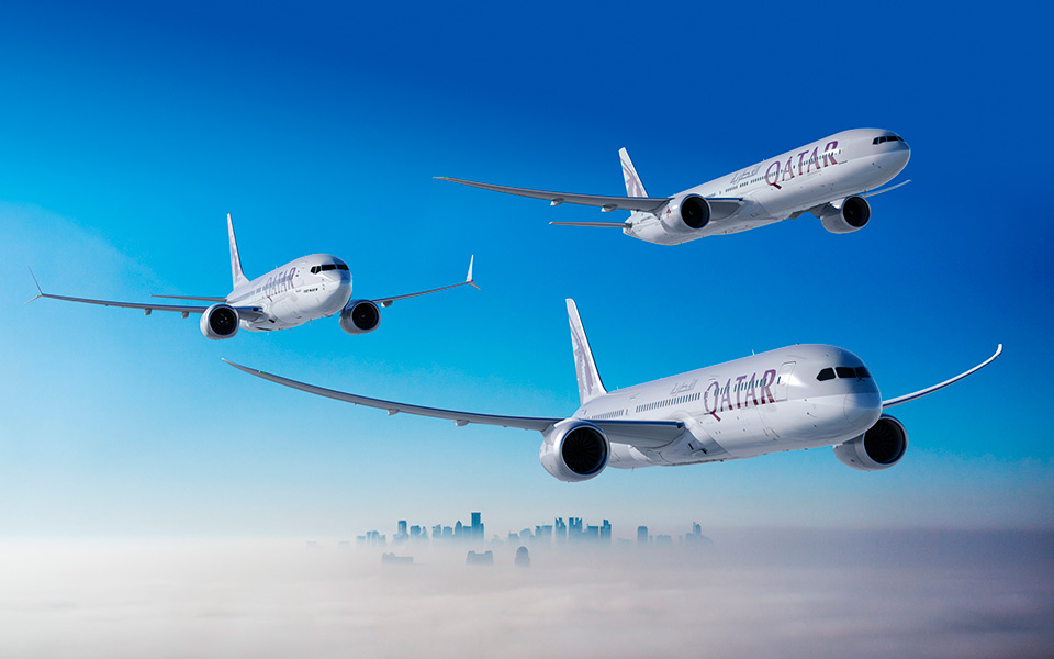 Qatar airways signs on for up to 100 boeing jets geekwire qatar airways signs on for up to 100 boeing jets sending airbus a message stopboris Image collections