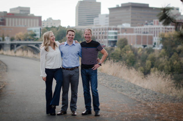 Josh Neblett with Etailz co-founders Sarah Wollnick and Tom Simpson. (Photos via eEailz.)