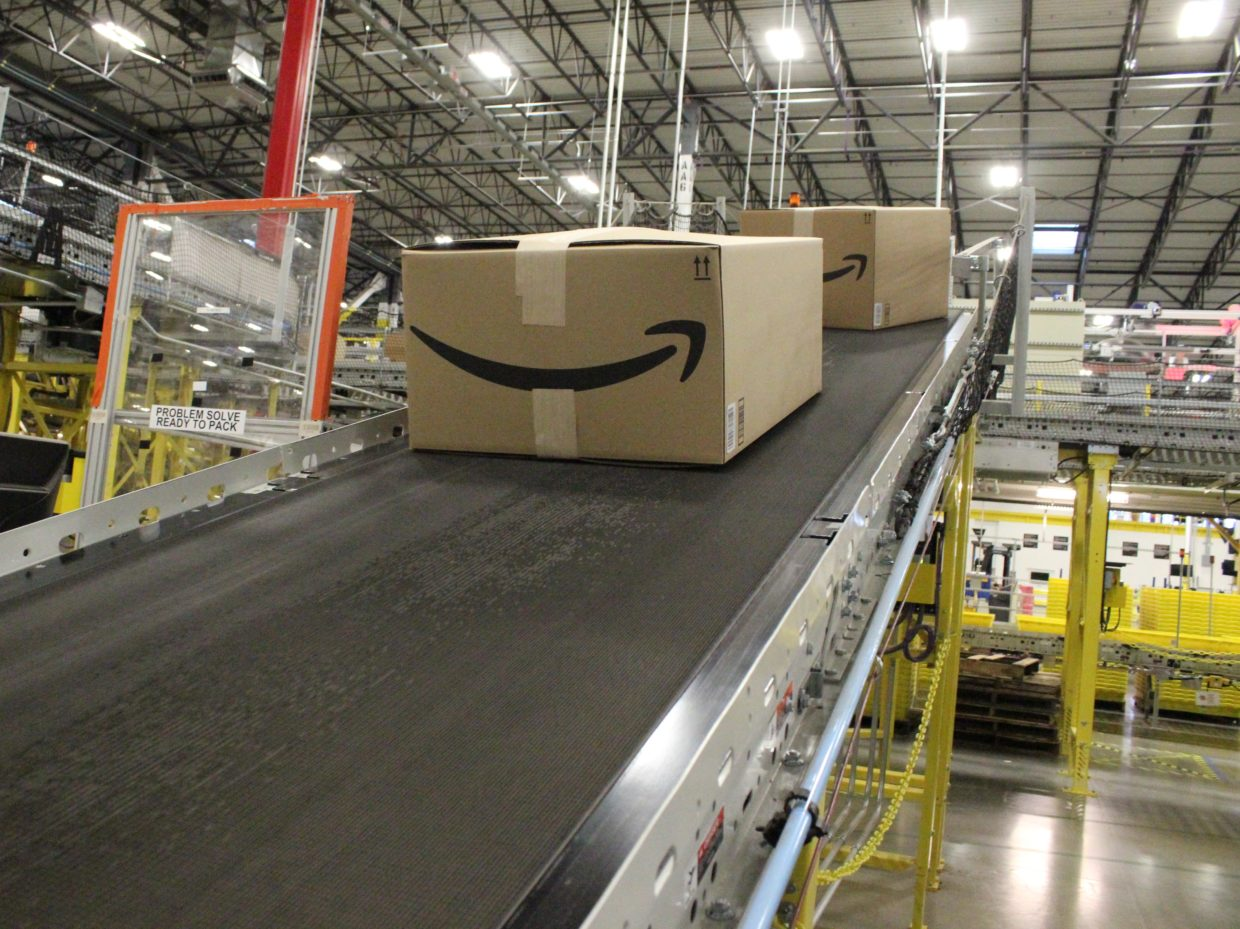 Investigation into Amazon warehouse safety finds higher rate of injuries at robotic facilities