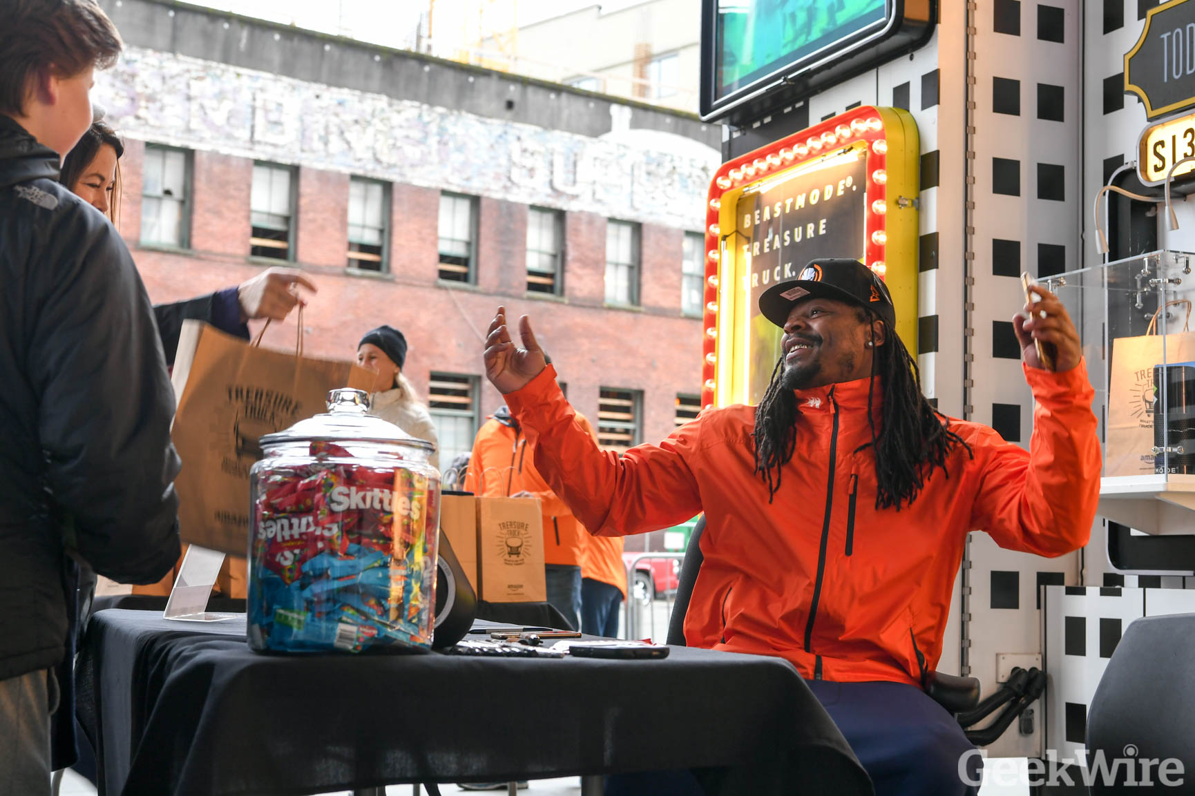 differently 5cce8 3d038 Video: Marshawn Lynch drives Amazon Treasure Truck ...