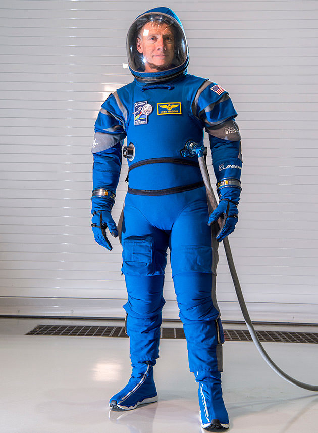 Straliner spacesuit