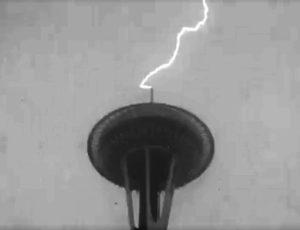 Space Needle lightning