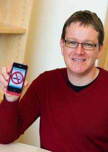Jonathan Bricker is the principal investigator of the Smart Quit study. Photo by Bo Jungmayer.