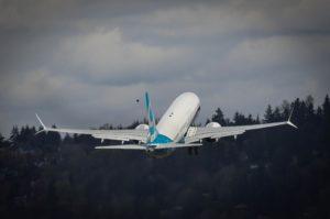 737 MAX 9 takeoff