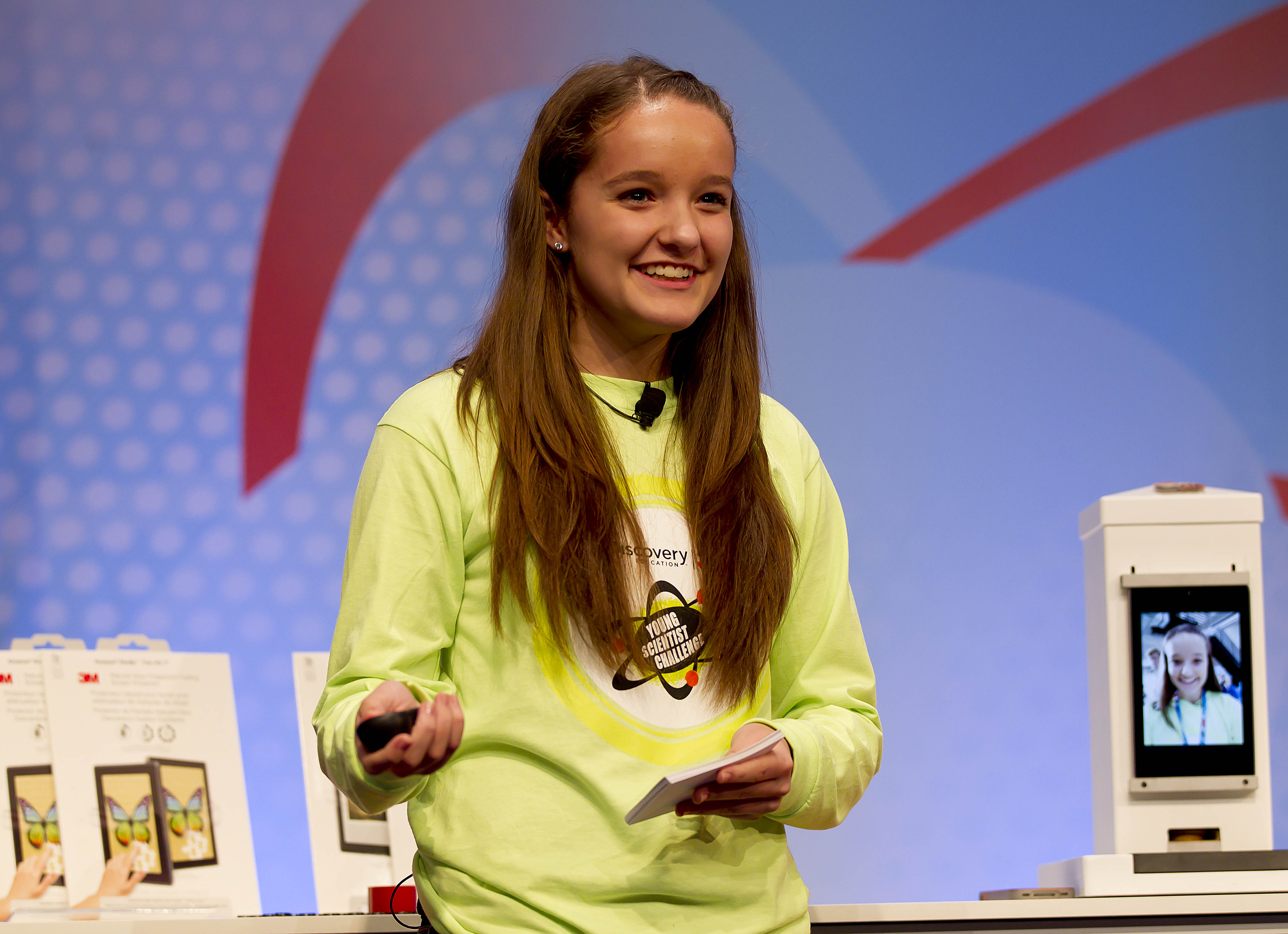 Brooke Martin, a 13-year-old from Spokane who invesnted, presents at a national science competition. Photo via 3M.