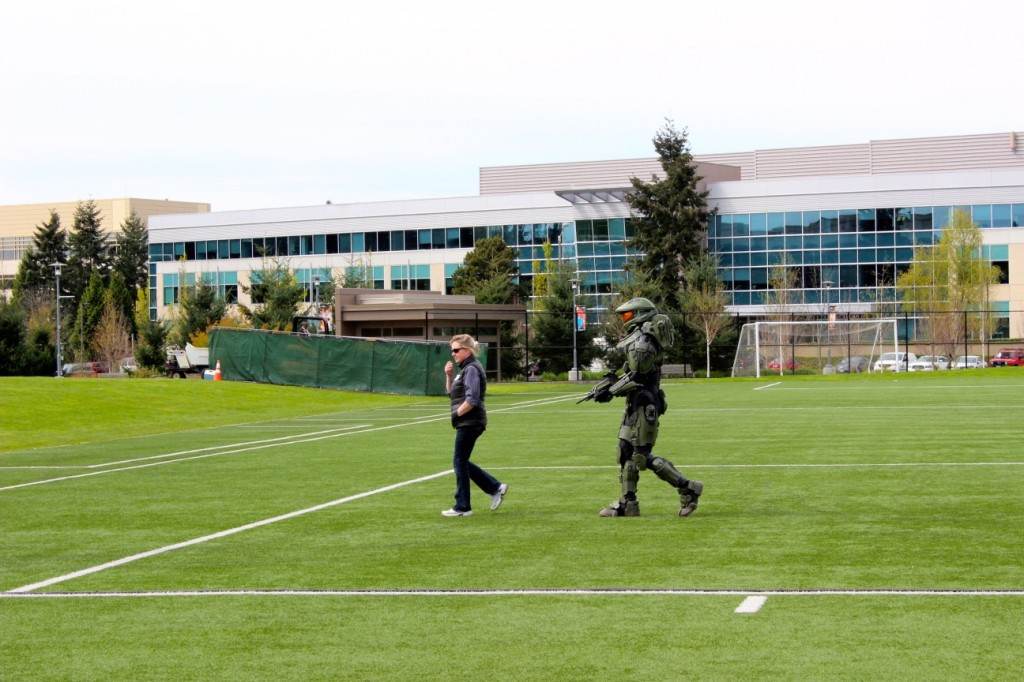 Halo's Master Chief hanging around the Microsoft campus in Redmond, WA.