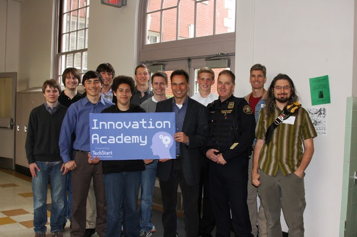 These high-schoolers developed a community safety app for the Portland Police