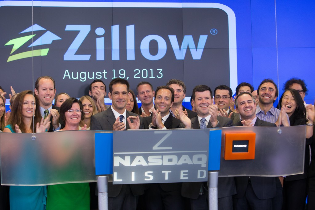 Nasdaq bell ringing 8.19.13 - group shot