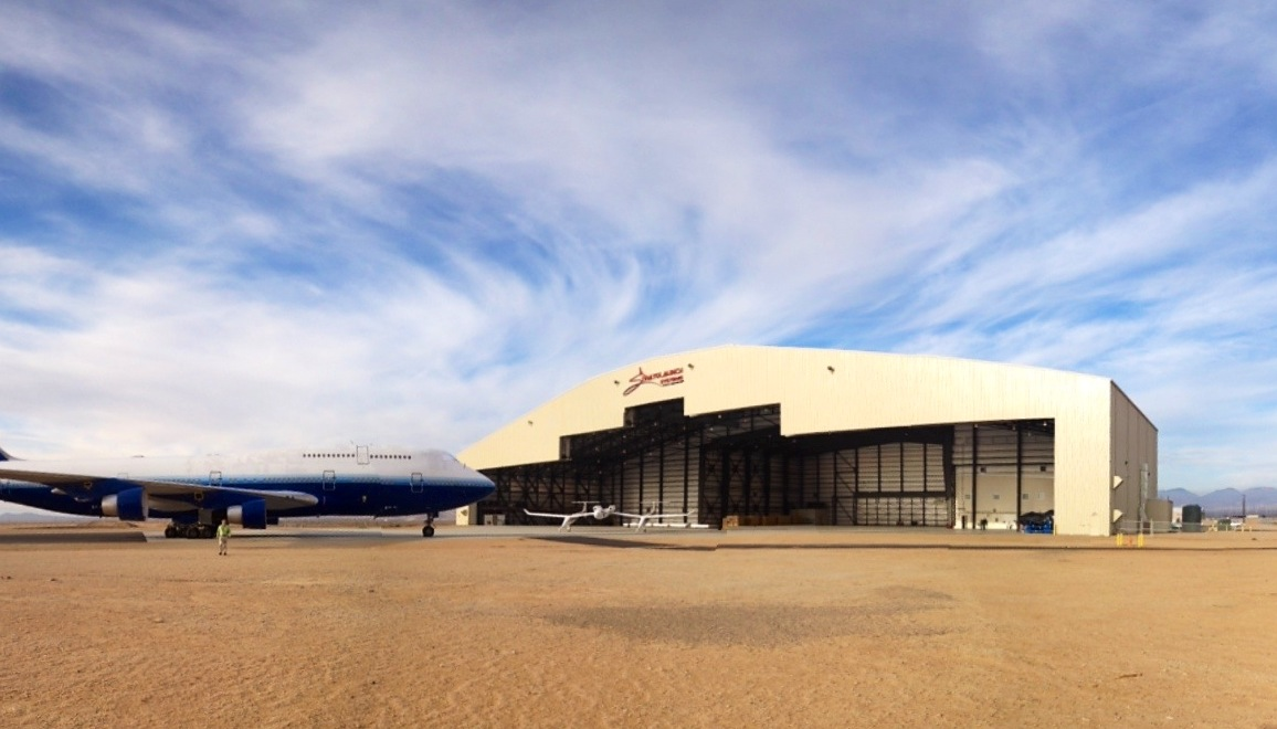 Paul Allen S Stratolaunch Opens Giant Hangar For World S
