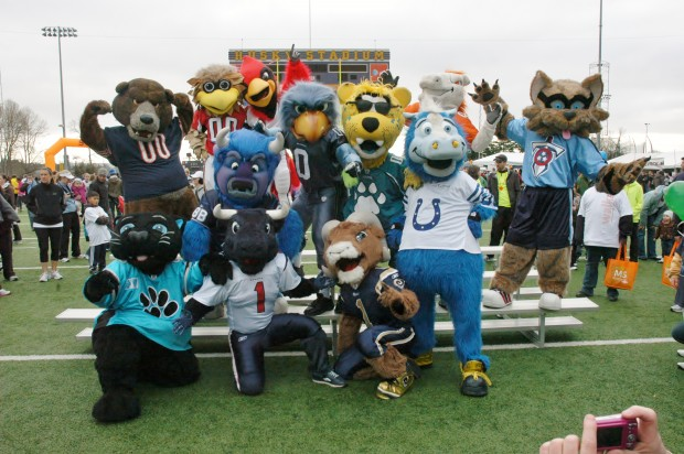 Asdourian had 11 of his NFL mascot buddies come to Seattle to help him fundraise and spread awareness for MS. Photo courtesy of Asdourian.