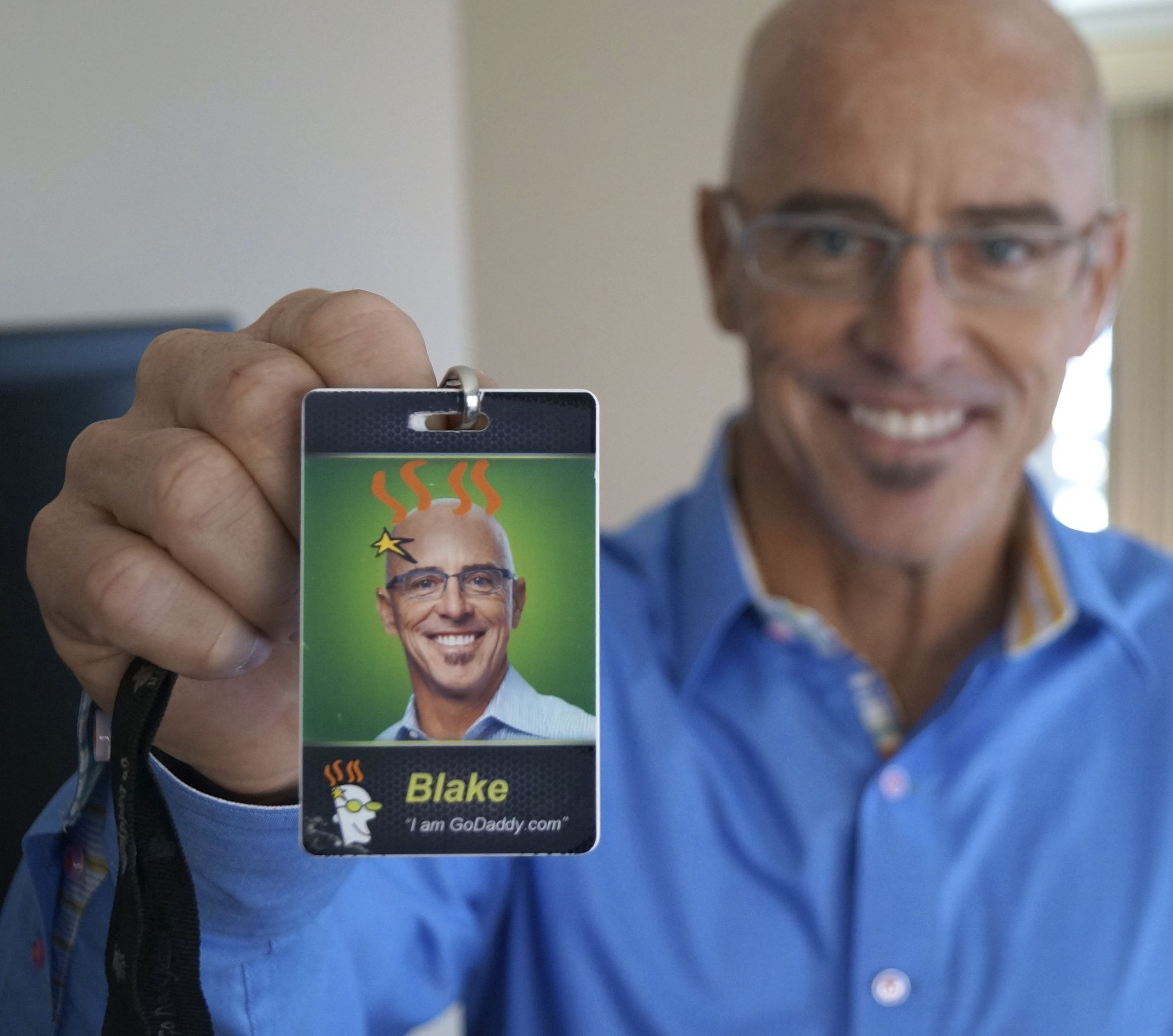 GoDaddy CEO Blake Irving will provide feedback to entrepreneurs on Flare, as part of its launch.