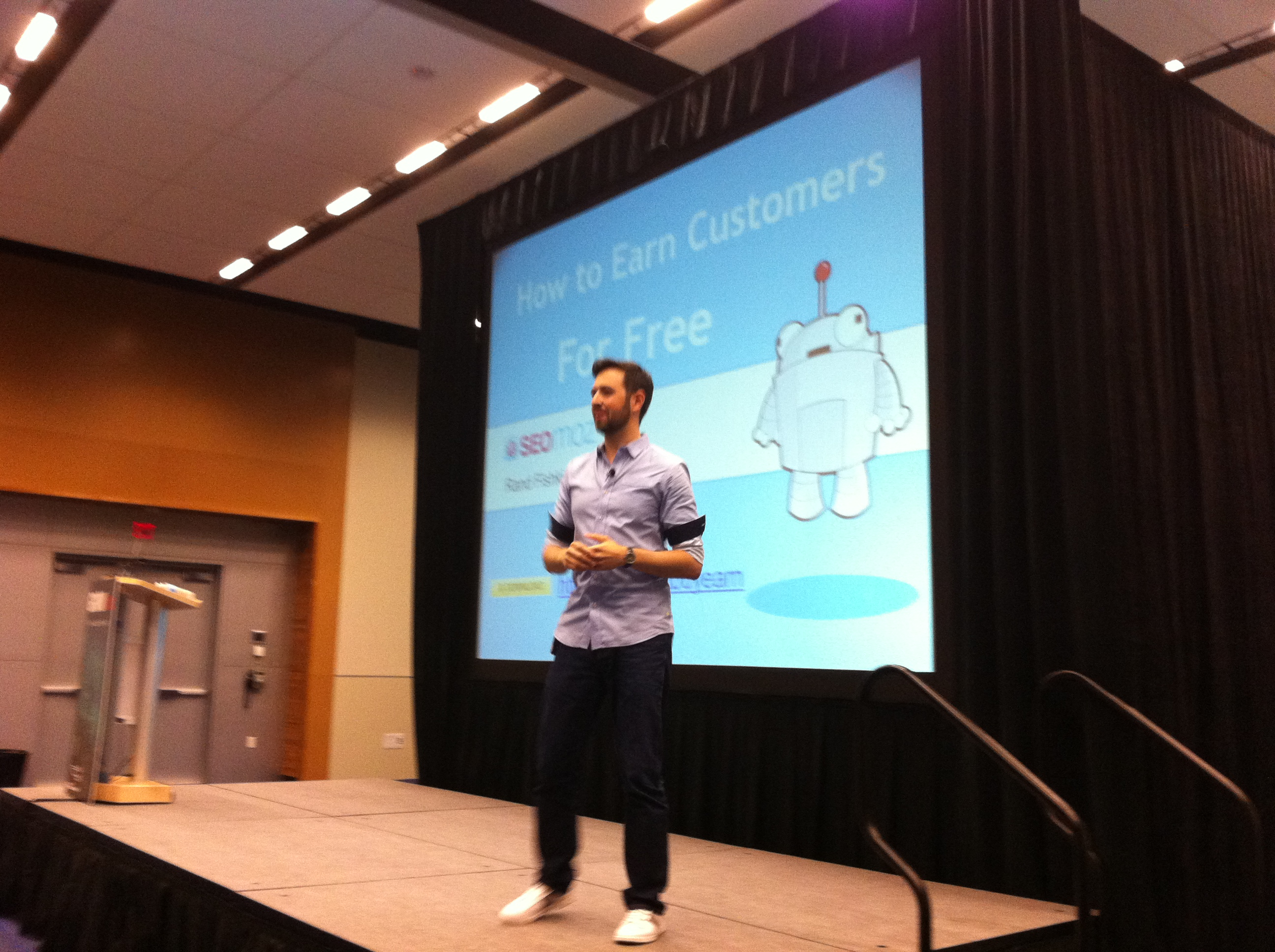 """Rand Fishkin in his Northwest """"hipster"""" getup at the GROW conference in Vancouver, B.C."""