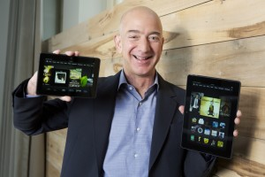 "Amazon CEO Jeff Bezos with the Kindle Fire HDX 8.9""."