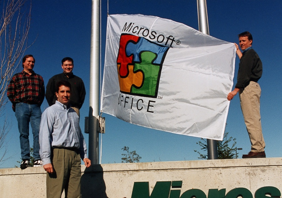 Microsoft Office Flag 1996