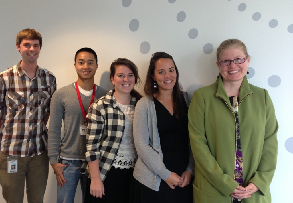Dr. Megan Moreno leads the  Social Media Adolescent Research Team. From left, Bradley Kerr, xxx xxx, Megan Pumper and Libby Brockman. (Photo: Mónica Guzmán)