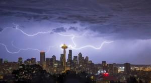 seattle-skyline-storm