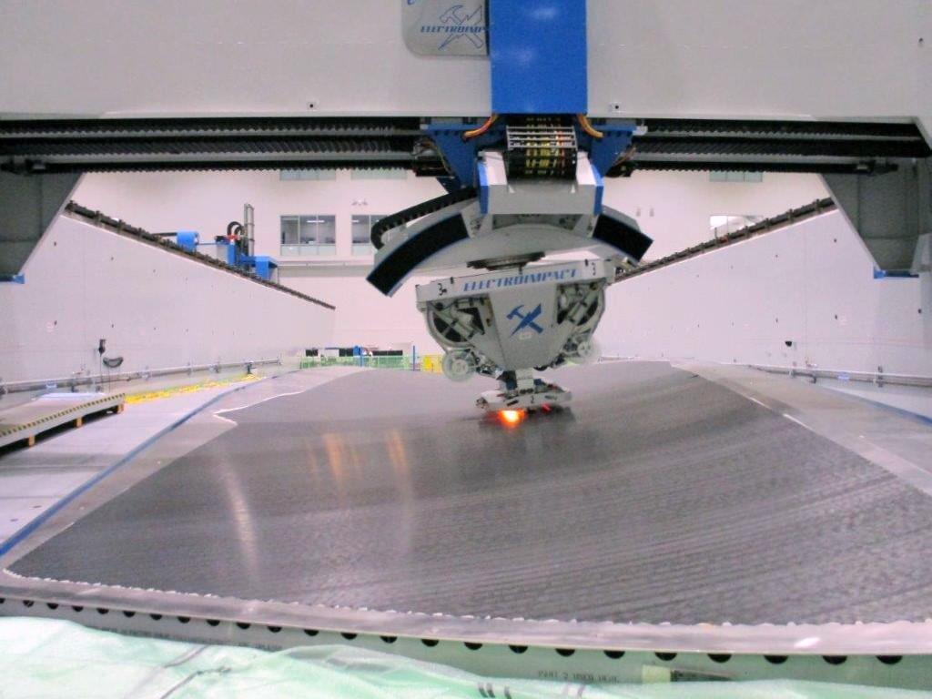 Carbon fiber robot at Boeing