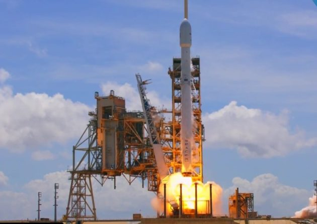 SpaceX to launch Falcon 9 rocket in California