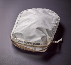 Lunar sample return bag