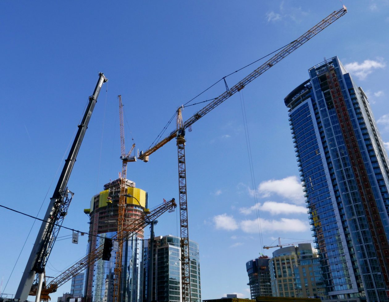 Downtown seattle construction boom at a record 5 billion for Seattle builders
