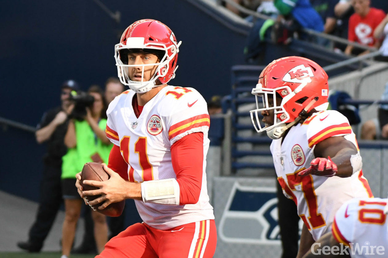 Nfl Quarterbacks Aaron Rodgers And Alex Smith Make Another