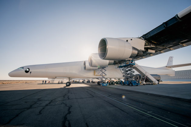 Billionaire Paul Allen's Stratolaunch space venture fires up its engines – all six of 'em