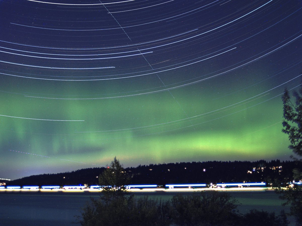 Northern lights provide a glowing auroral sendoff to Seattle's summer weather