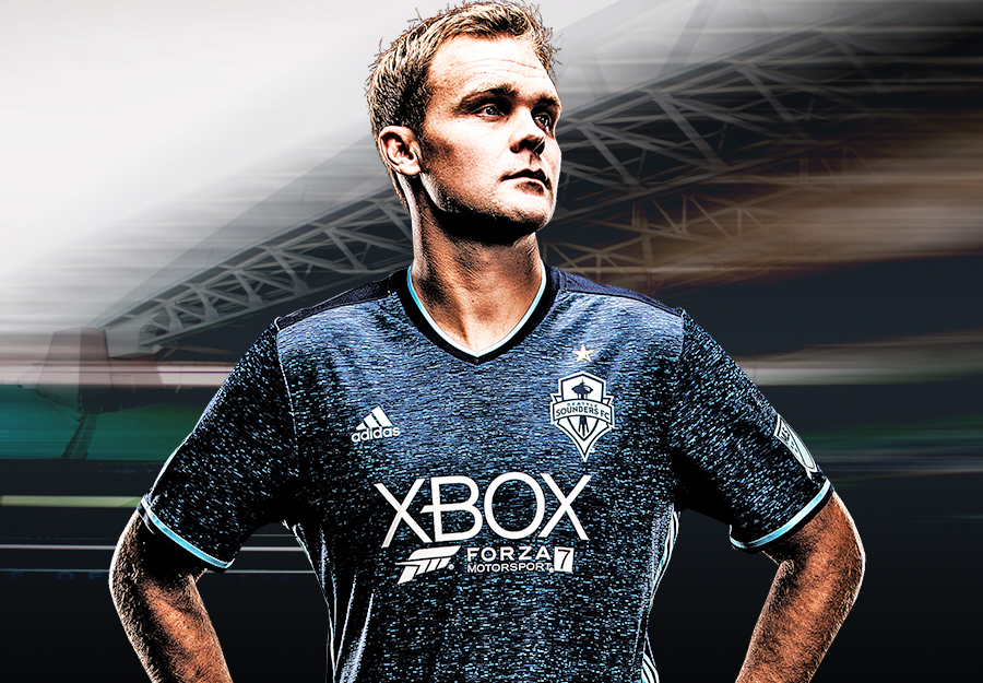 detailed pictures 7ebb5 a270e Photos: Sounders and Xbox unveil new jersey kits with Forza ...