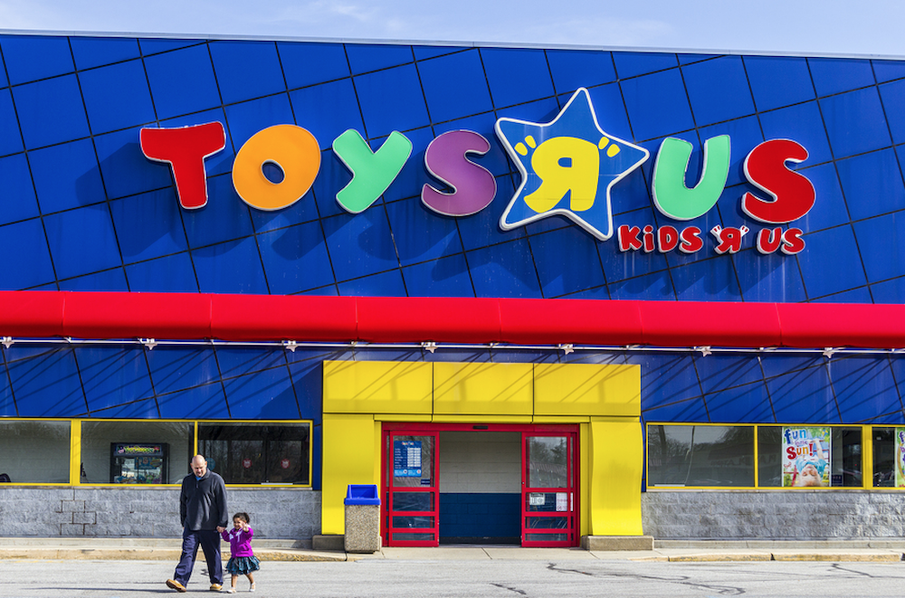 Toys R S : Report toys r us could file for bankruptcy as amazon