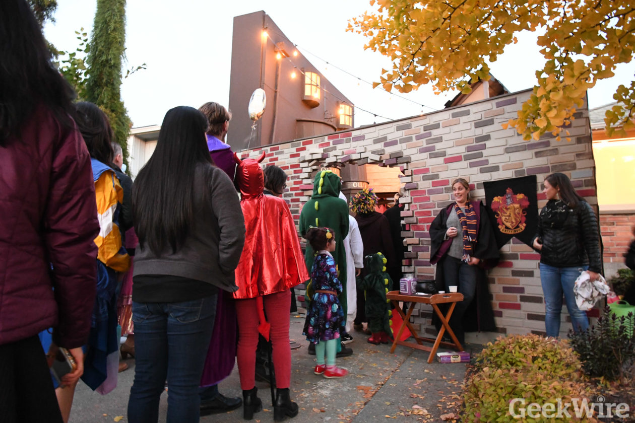 thousands of trick or treaters converge on epic harry potter diagon