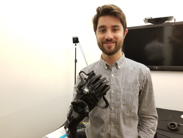 HaptX reveals high-tech haptic gloves that let you feel and touch in virtual reality – GeekWire - 20171023 122342 630x473 - HaptX reveals high-tech haptic gloves that let you feel and touch in virtual reality – GeekWire