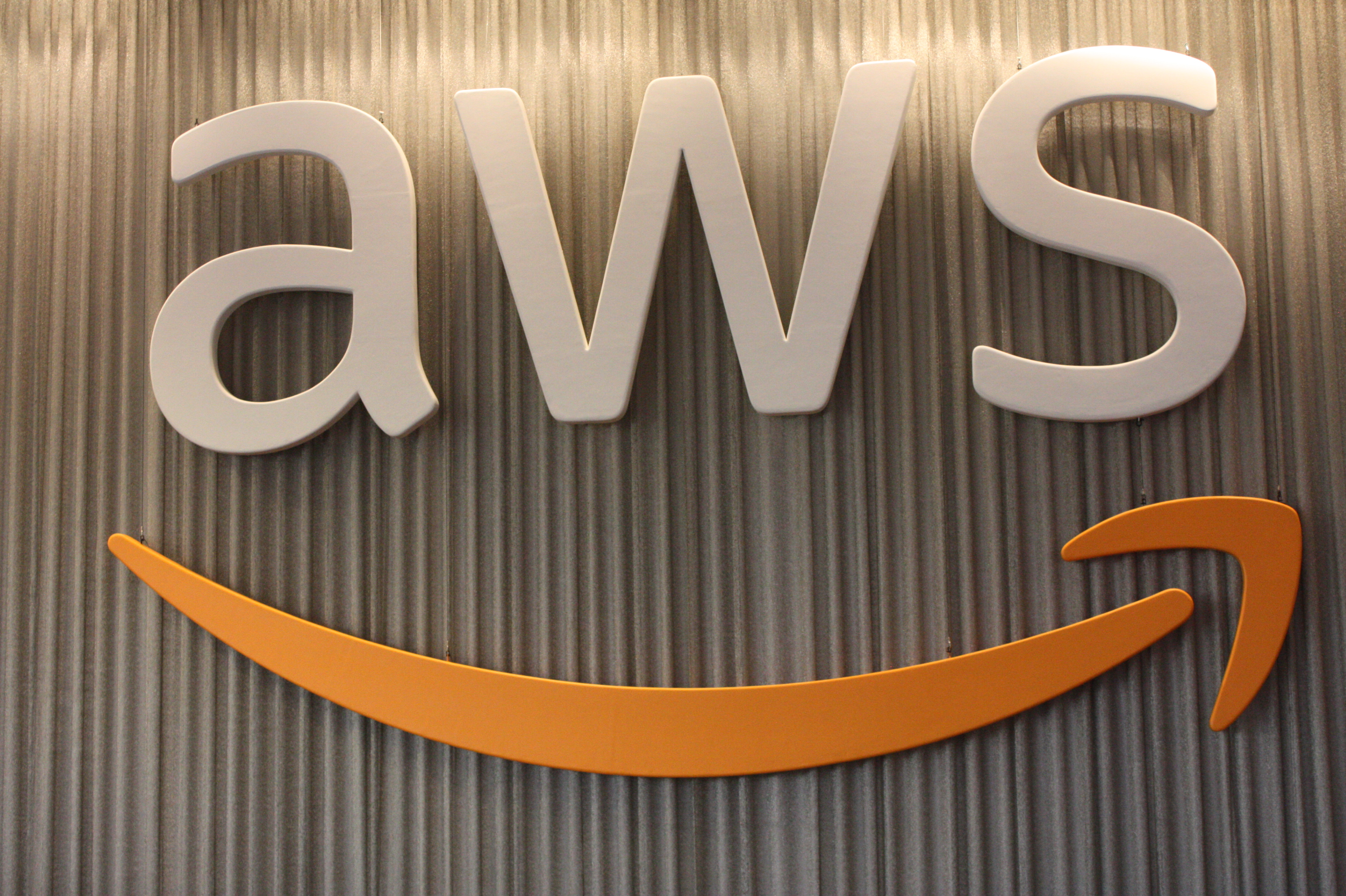 Amazon acquires enterprise flash storage startup E8 Storage
