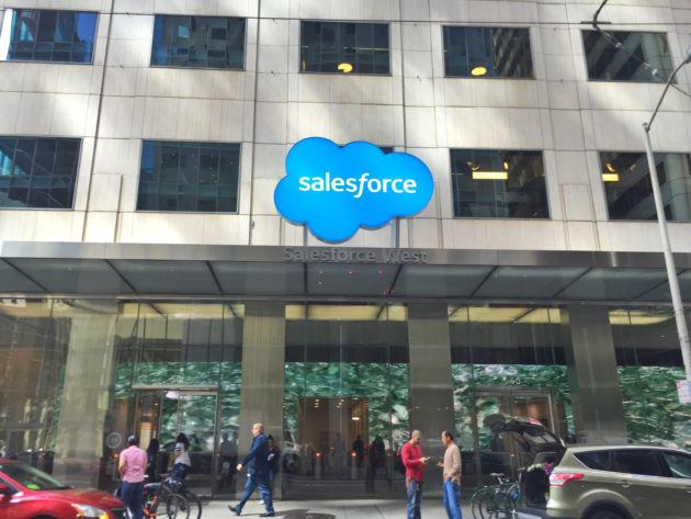 Cloud race heats up as Google wins a big deal with Salesforce