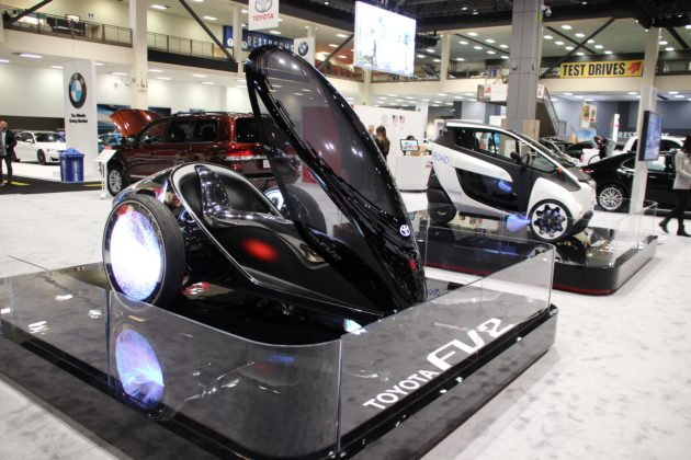 Toyotas Futuristic Wheeler Jaguars Hightech Circuit And More - International car show