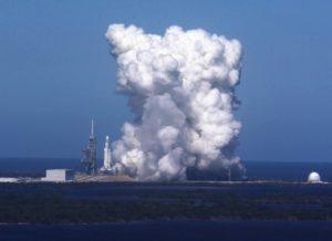 Falcon Heavy test-firing