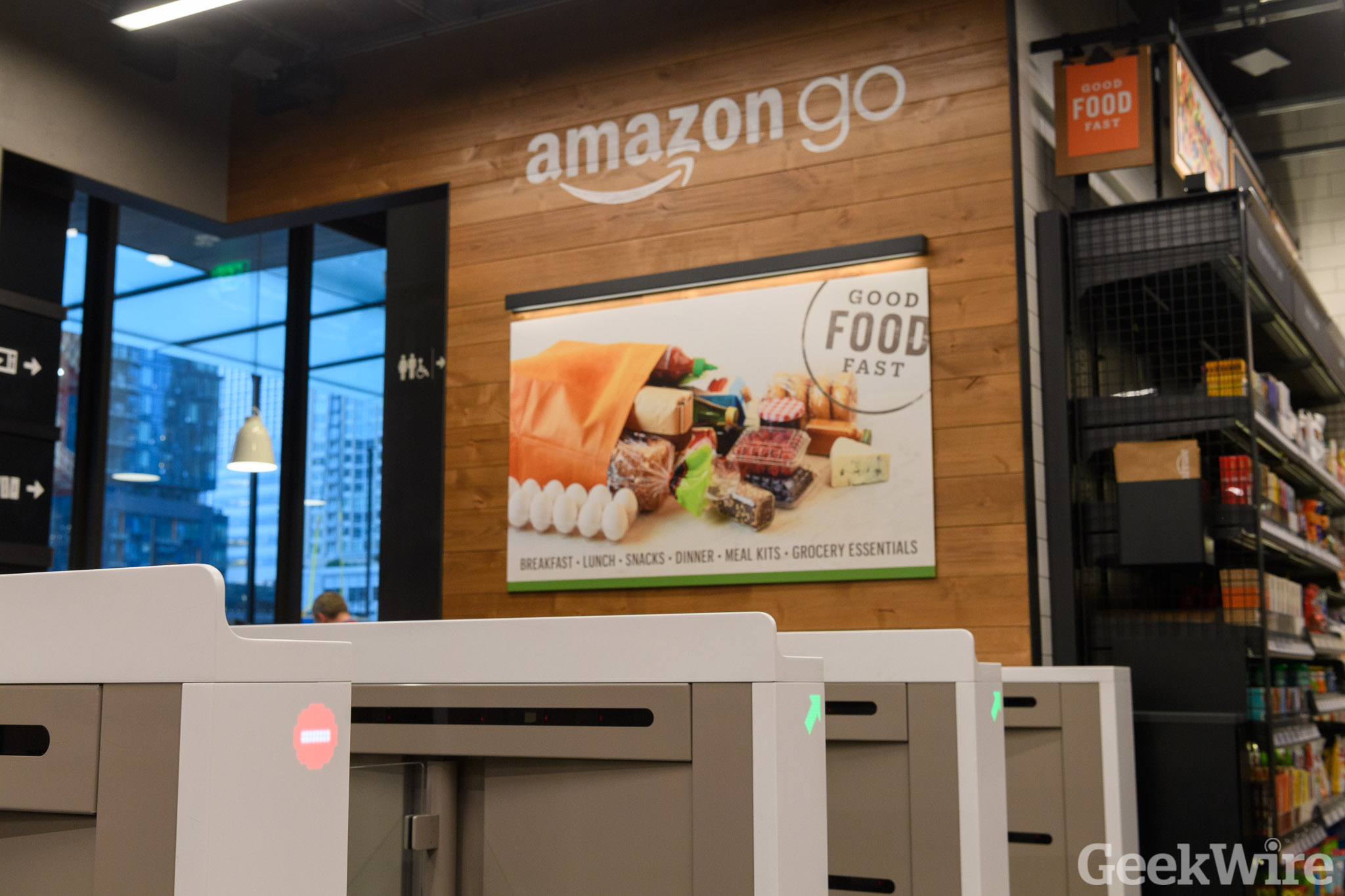 Amazon Go To Open In Chicago And San Francisco Expanding Cashier