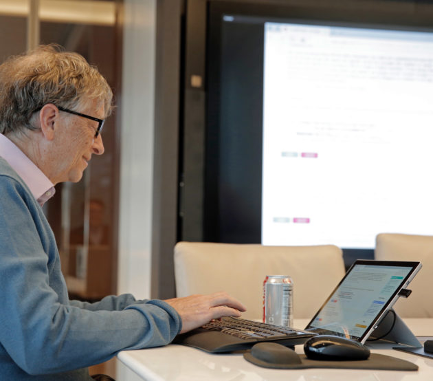 In Reddit AMA, Bill Gates talks crypto currency danger, the