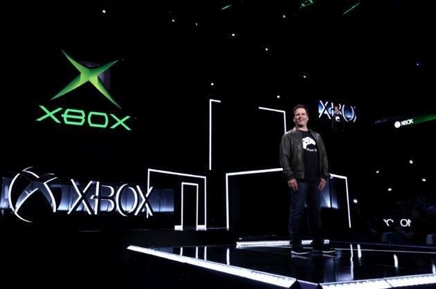 Three years later, Microsoft's bet on Xbox One backward