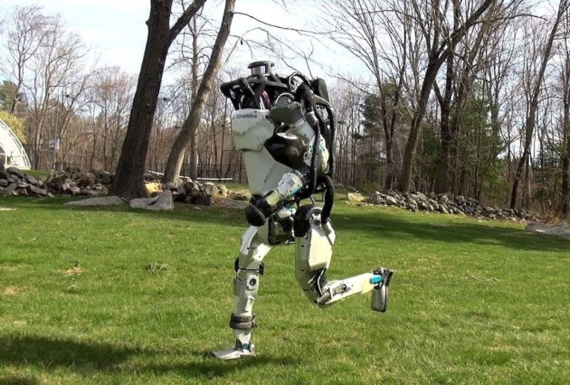 Boston Dynamics SpotMini dog takes itself on an autonomous walk