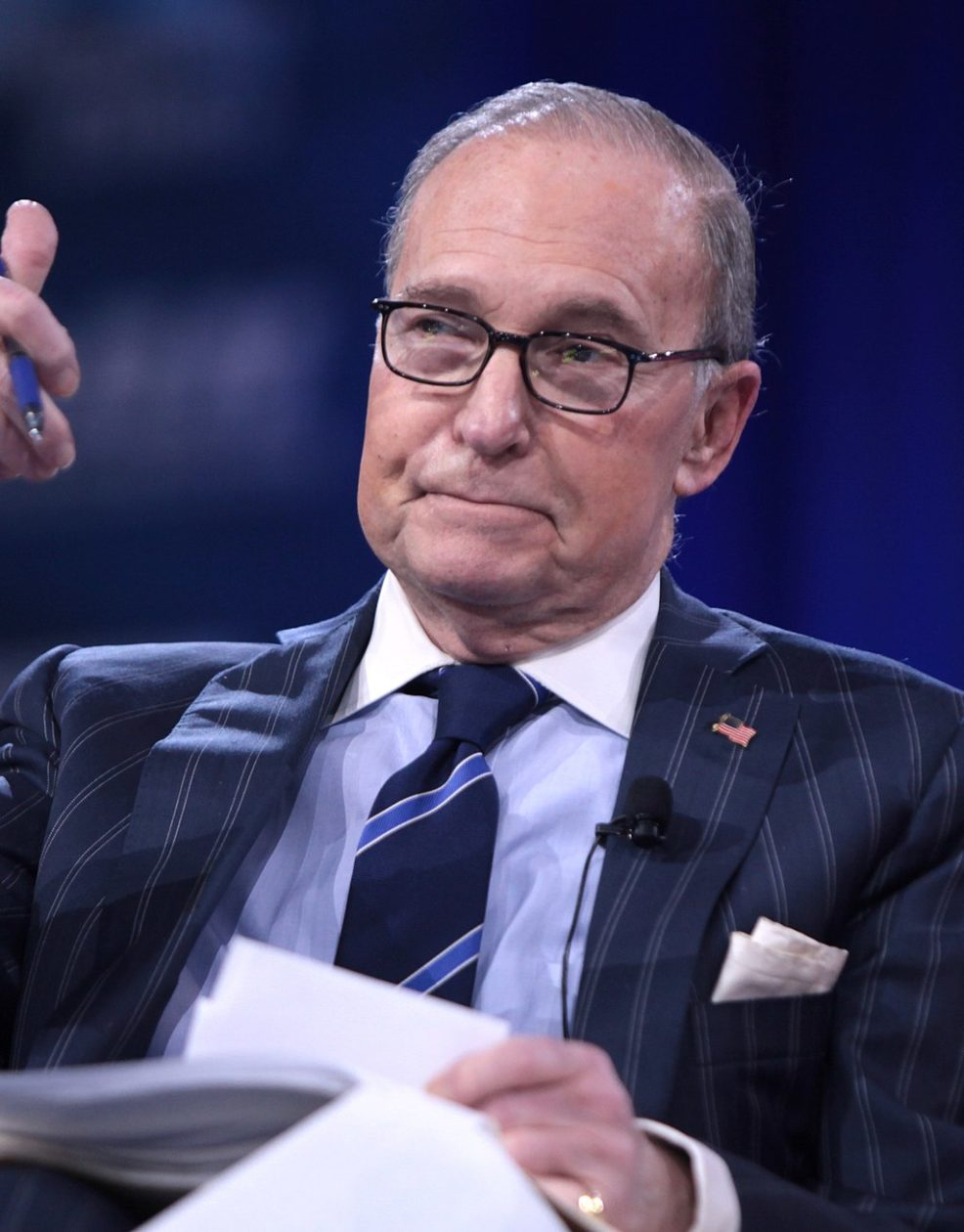 Trump's chief economic adviser didn't want to talk about Amazon's relationship with the Post Office