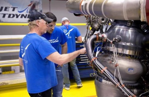 AR-22 rocket engine inspection