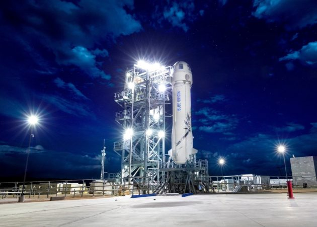 Blue Origin's New Shepard spaceship on pad