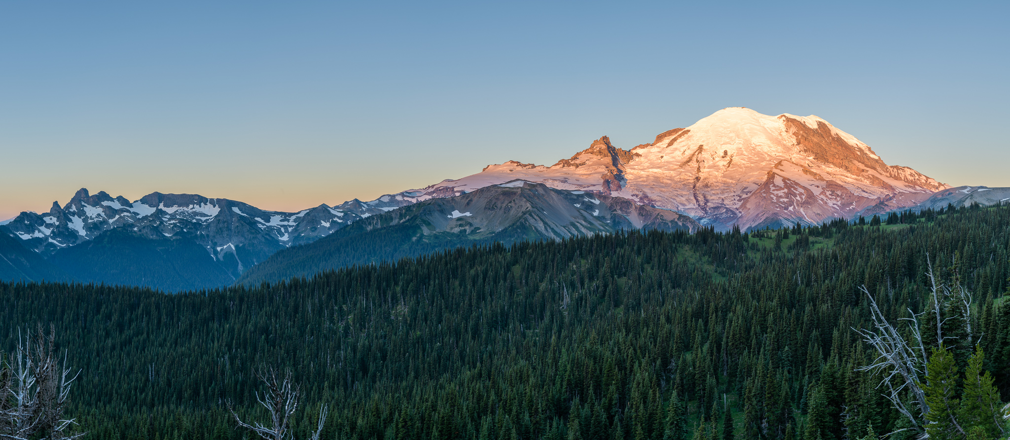 Kevin Lisota Smart Technology Logitech Momo Pedal Wiring Diagram Sunrise Over Mount Rainier At Click On The Image For A Full Size Panorama Photo By