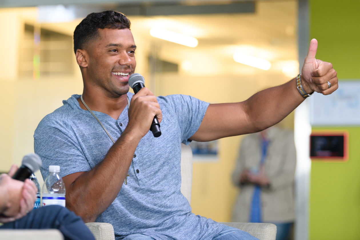 Seahawks QB Russell Wilson reveals roots as a real estate nerd in Zillow appearance