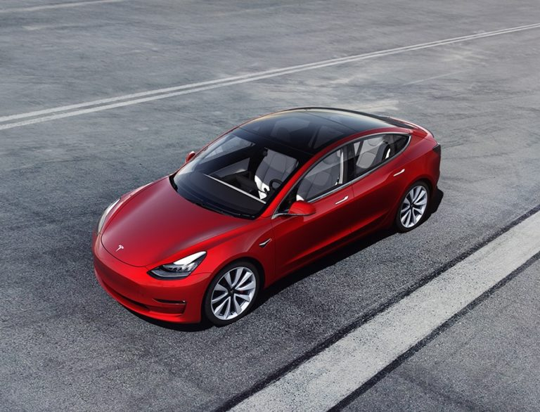 Why Tesla's Autopilot relies on radar (and the cloud) – GeekWire