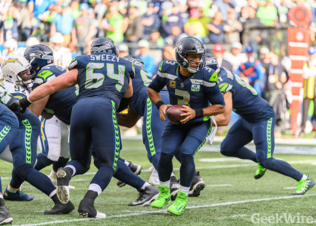 Russell Wilson thanks Seahawks linemen with Amazon stock